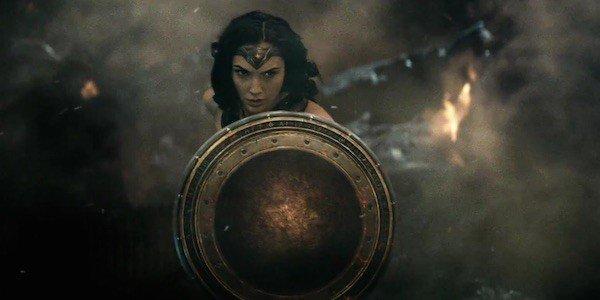 Batman-v-Superman-Wonder-Woman-600x300