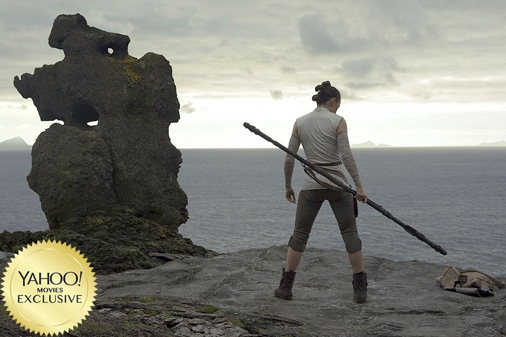 starwars-lastjedi-rey-cliff-staff